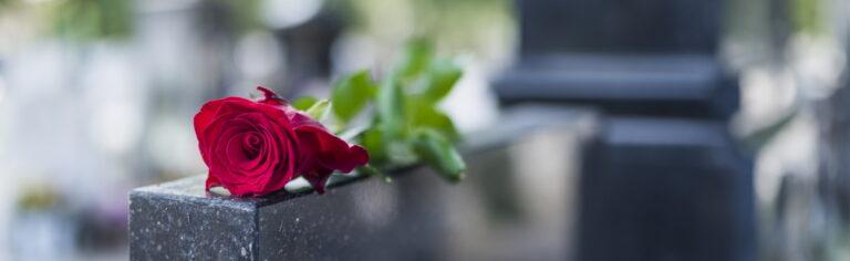hautajaiset: muistolauseet ja värssyt